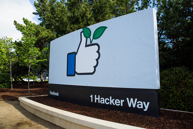 Changing Facebook, HQ